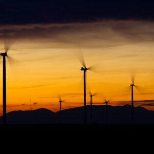 Projekt liberalizujący ustawę o inwestycjach w zakresie elektrowni wiatrowych